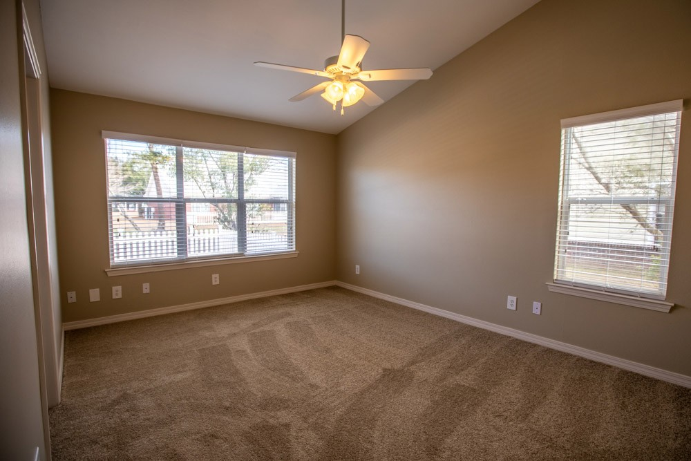 South Point Apartment Homes - 201 Summerfield