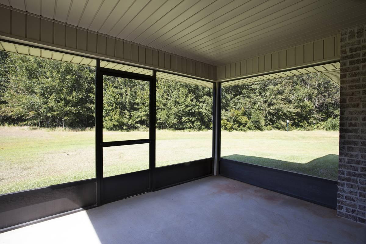 222 Summerfield Drive, Foley, AL 36535